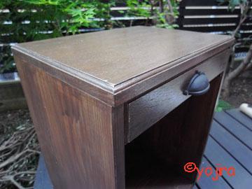 食卓横のキャビネット2
